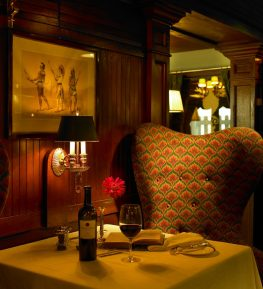 Pacific Dining Car - Table for Two